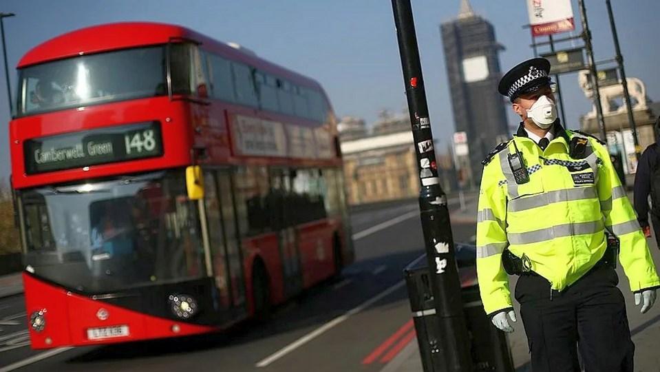 Британские власти не будут продлевать карантин из-за COVID-19