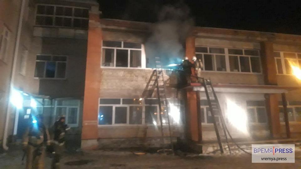 Пожар в психиатрической больнице Каменска-Уральского потушили