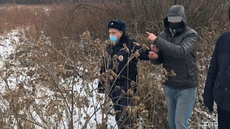 В Белоярском мужчина убил сожительницу и общался с ее телефона со знакомыми