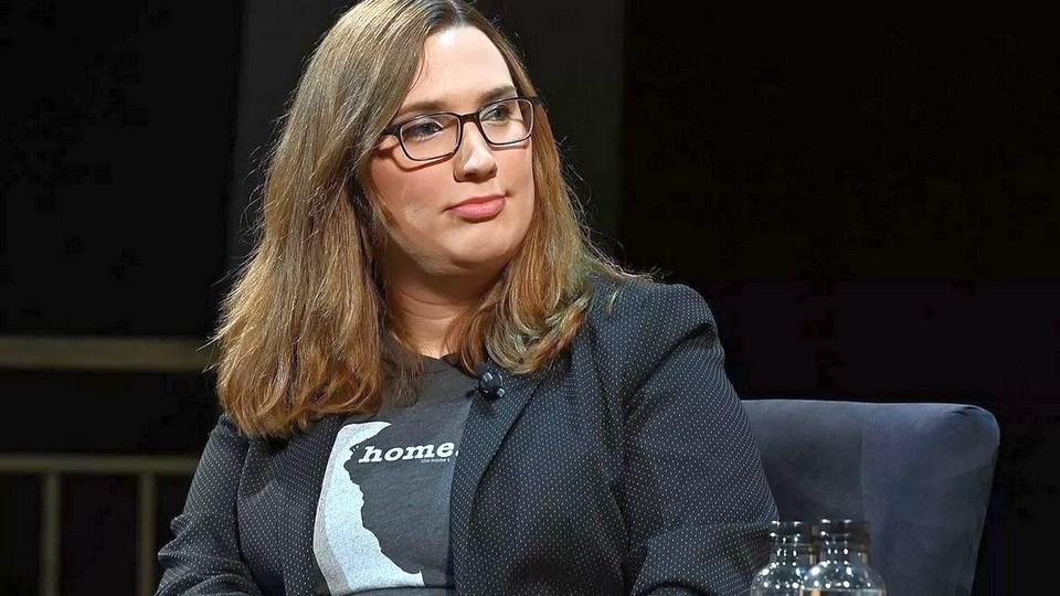 Первым в истории США сенатором-трансгендером стала Сара Макбрайд