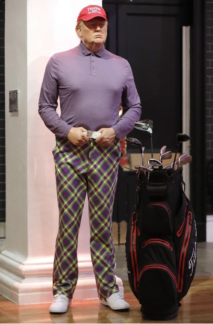 Воскового Трампа переодели в костюм для гольфа в Музее мадам Тюссо