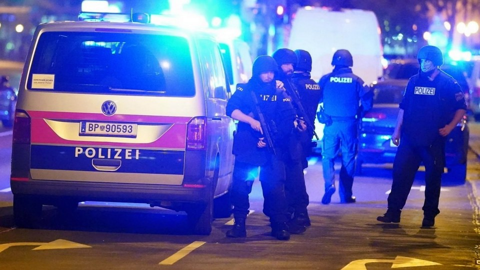 Теракт в Вене: трое погибли, 14 человек пострадали