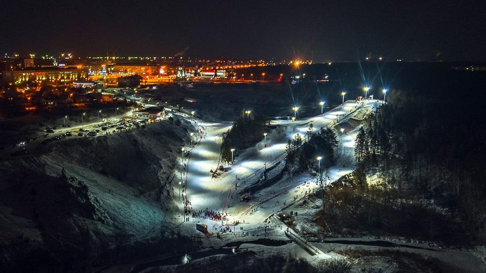 Горнолыжный комплекс в Каменске-Уральском: как добраться, время работы и стоимость услуг
