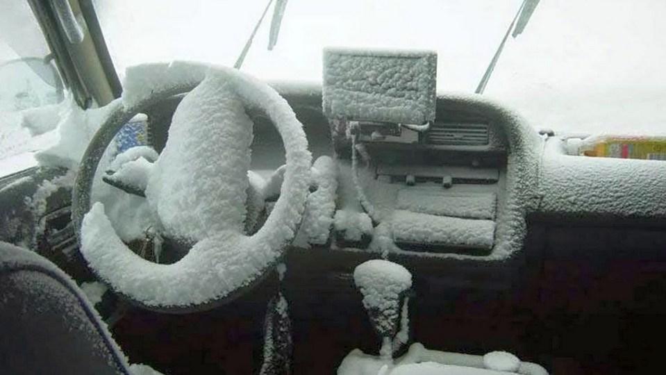 Житель Якутии насмерть замерз в машине в 50-градусный мороз