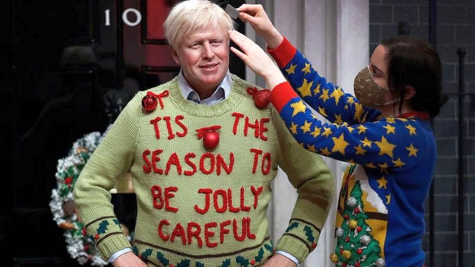 Восковую фигуру Бориса Джонсона в Лондоне переодели к Рождеству