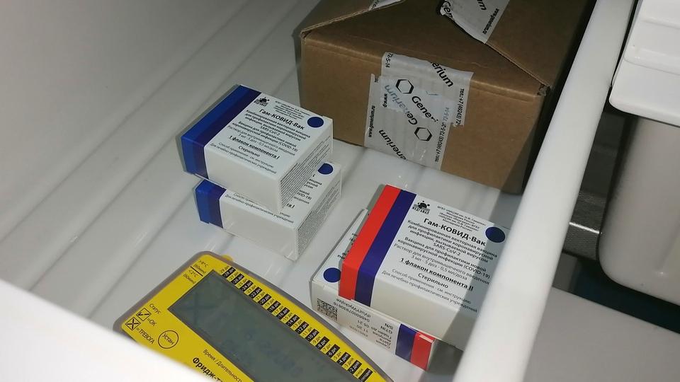 Прививки от коронавируса в Каменске-Уральском начали ставить в Горбольнице