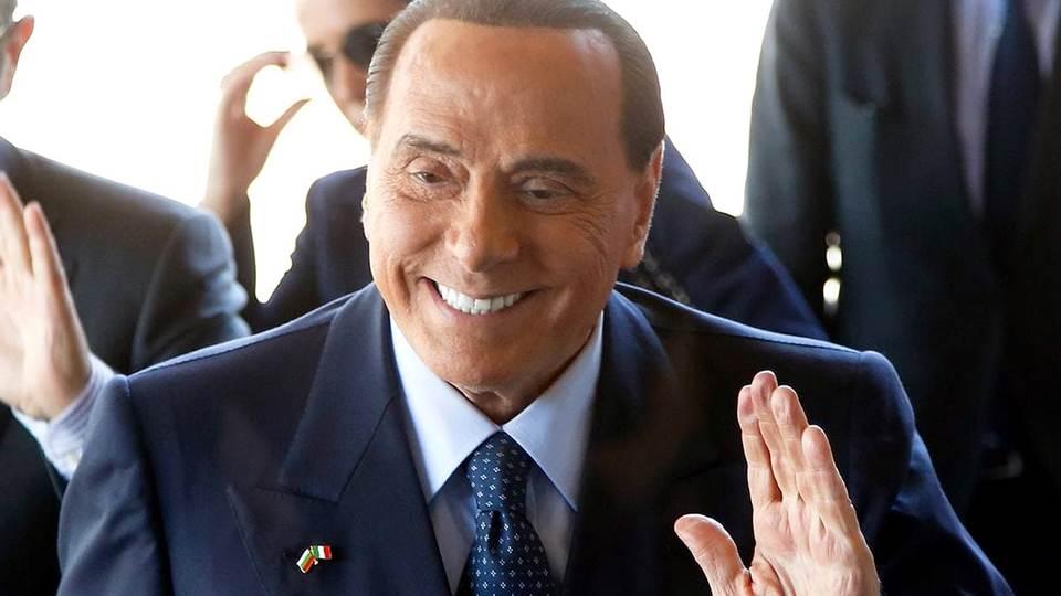 Лечащий врач Берлускони сообщил об ухудшении здоровья политика