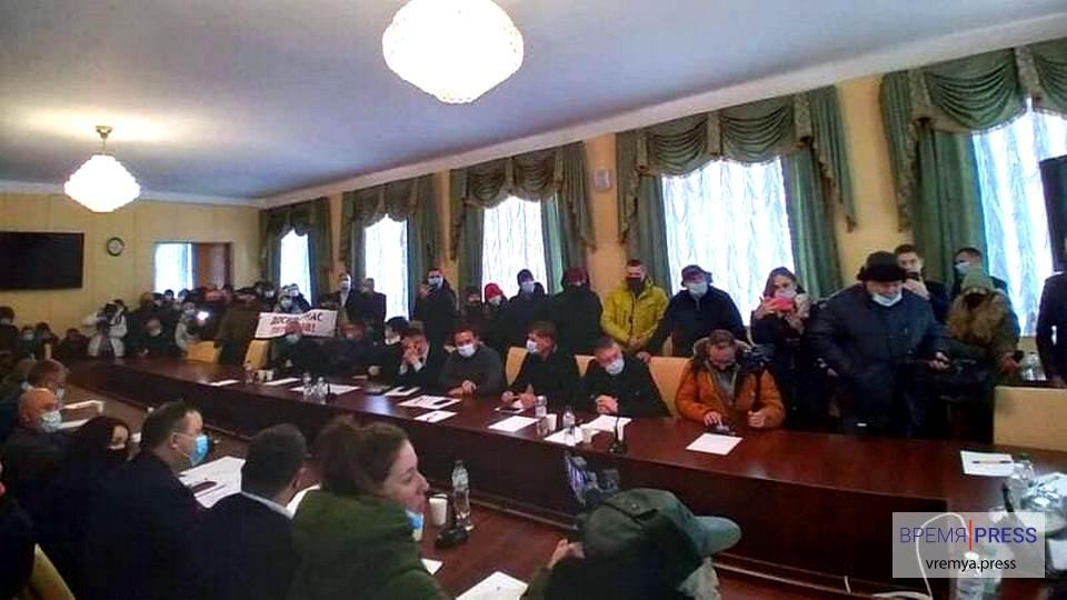 """В городах Украины прошли акции протеста """"Стоп тарифный геноцид"""""""