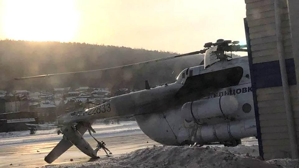 Вертолёт Ми-8 врезался в здание аэропорта Богучаны
