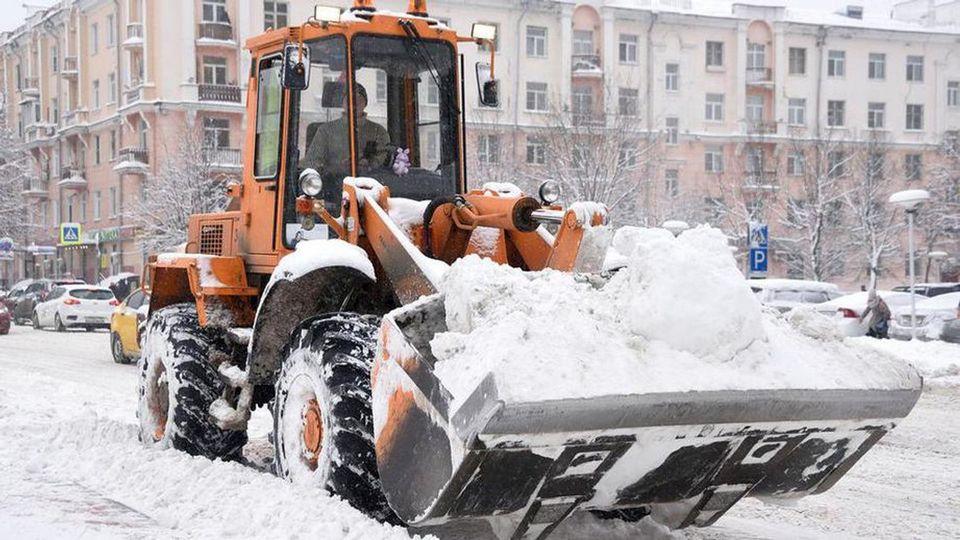 """АО """"Горвнешблагоустройство"""" вывезло более 19 тыс. """"кубов"""" снега за зиму"""