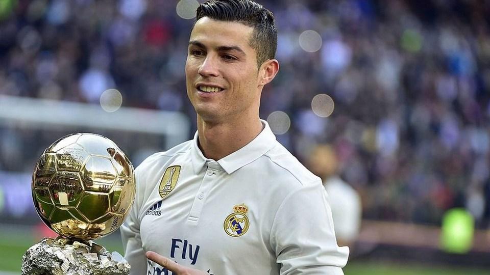 Криштиану Роналду снова бьет рекорды в Instagram