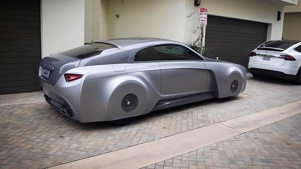 Компания Rolls-Royce выпустила уникальный автомобиль для Джастина Бибера
