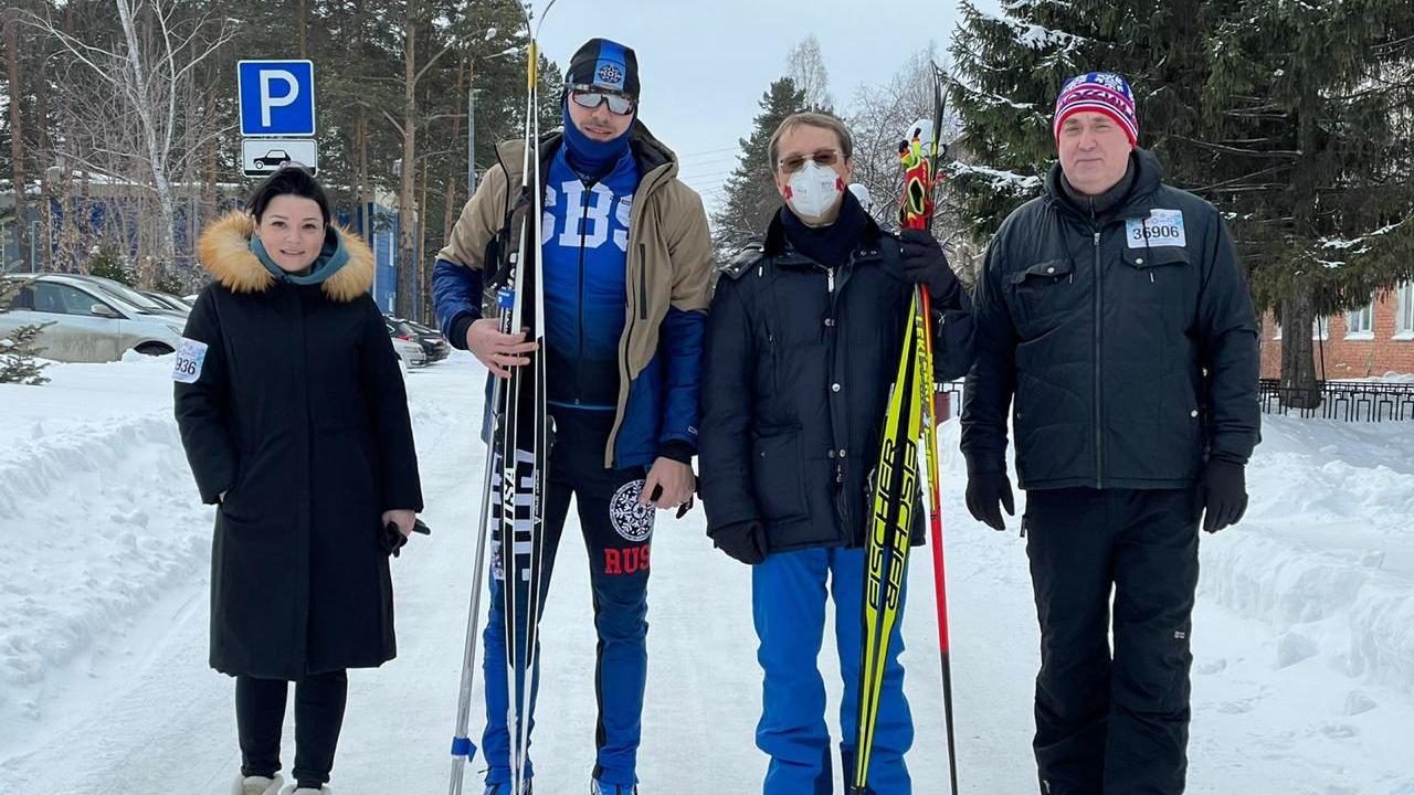 Антон Шипулин посетил поселок Уральский