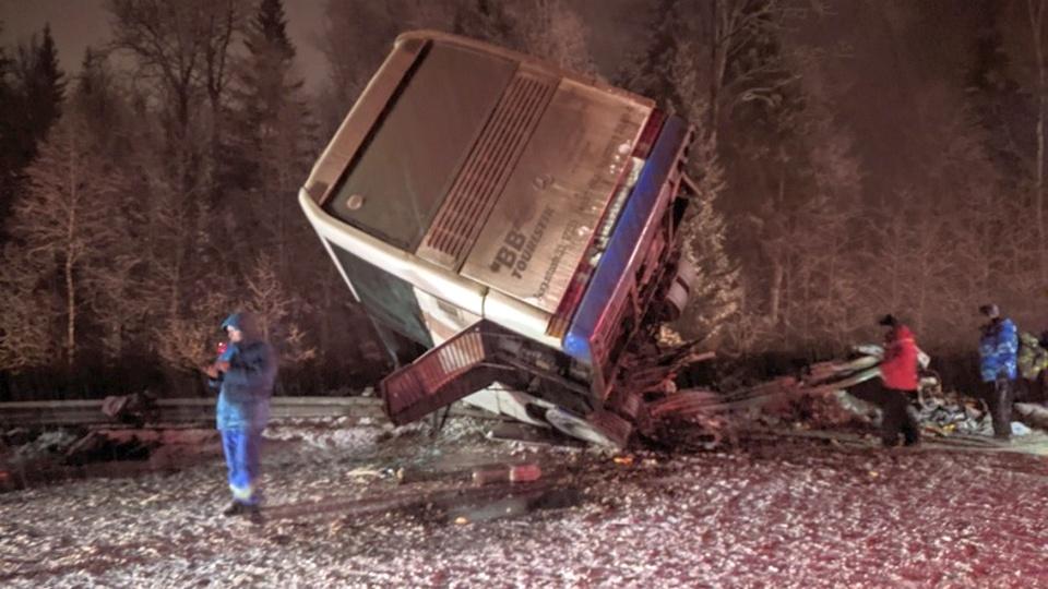 В Пермском крае в ДТП попал автобус, ехавший с горнолыжного курорта