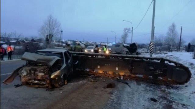 В Каменске-Уральском прошло предварительное слушание по иску к владельцам крана, который выпал на машины на трассе