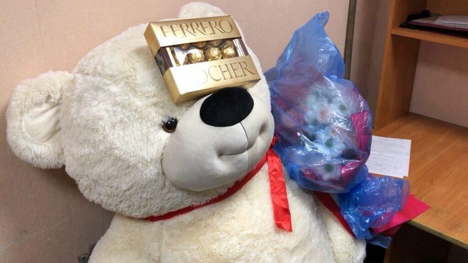 В Туве парень ограбил микрофинансовую организацию, чтобы купить подарки девушке