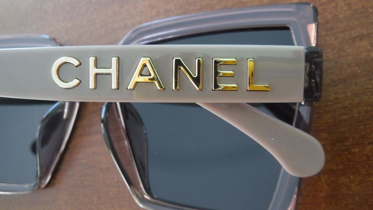 Уральские таможенники задержали груз с поддельными солнцезащитными очками от Dior, Chloe и Chanel