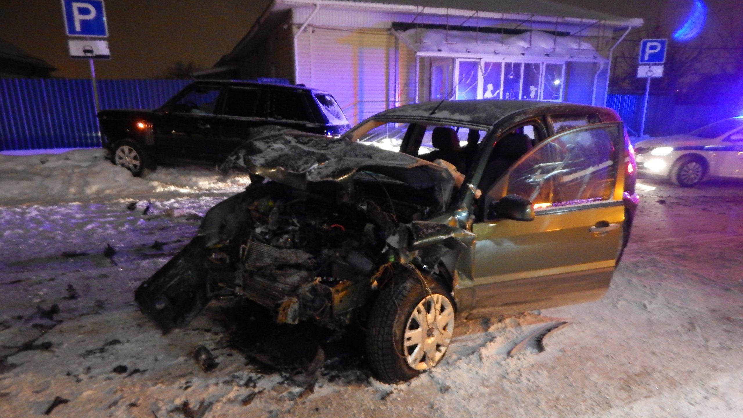 В Каменске-Уральском в ДТП пострадала женщина-водитель