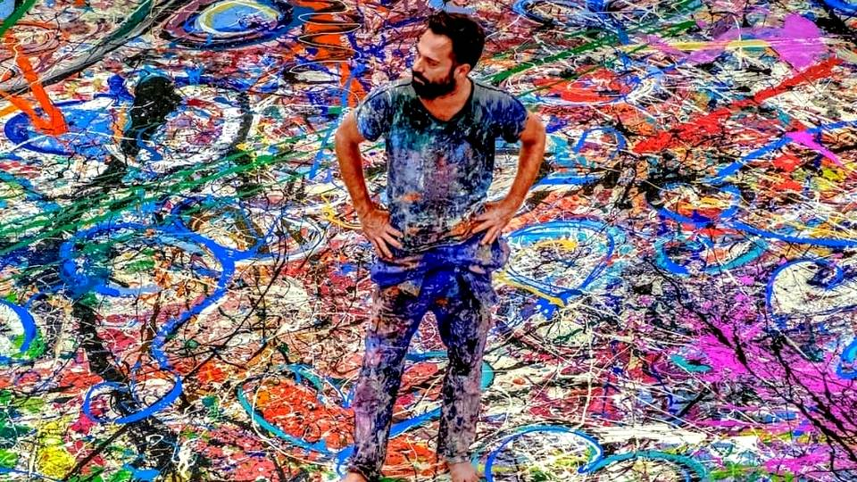 В Дубае продали самую большую в мире картину Путешествие человечества за $62 млн