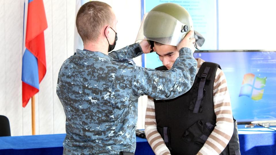 Ветераны МВД Каменска-Уральского встретились с воспитанниками СРЦН