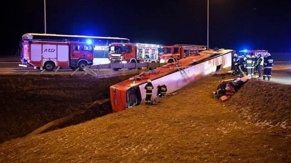 Шесть украинцев погибли и 35 пострадали в аварии с автобусом в Польше