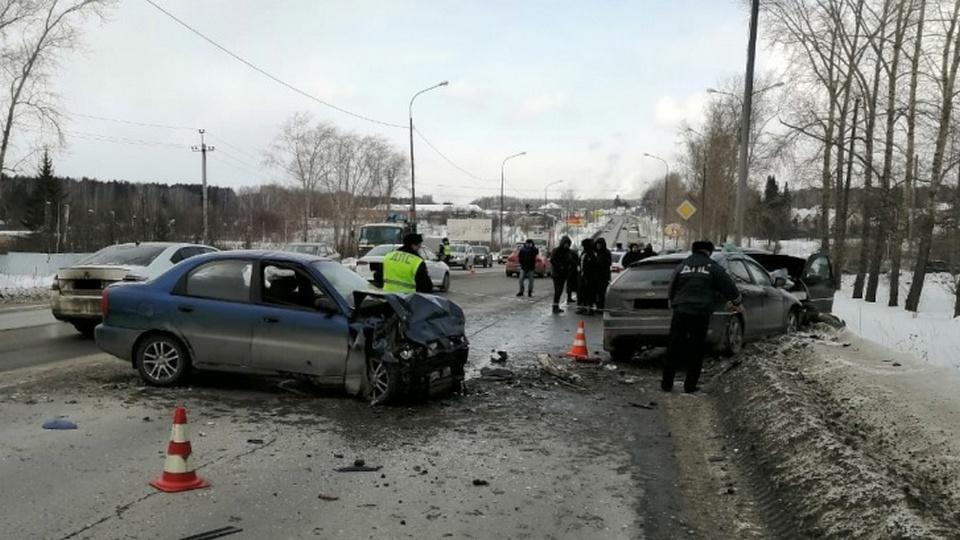 ДТП под Нижним Тагилом: погибла пенсионерка, пострадали 5 человек