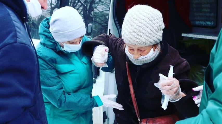 Студентка из Каменска-Уральского пошла по стопам доктора Лизы