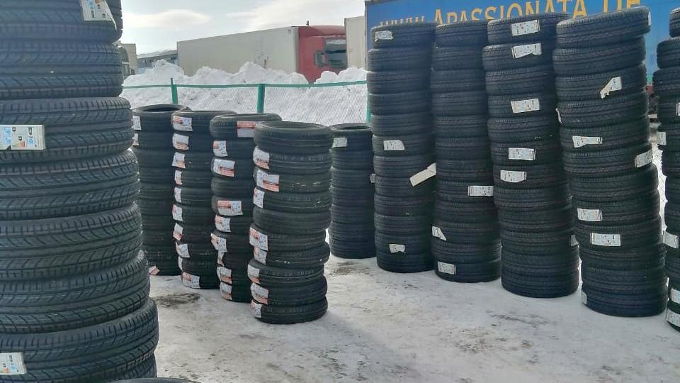 Челябинские таможенники задержали автошины из Украины, Словакии и Китая на 2,4 млн рублей