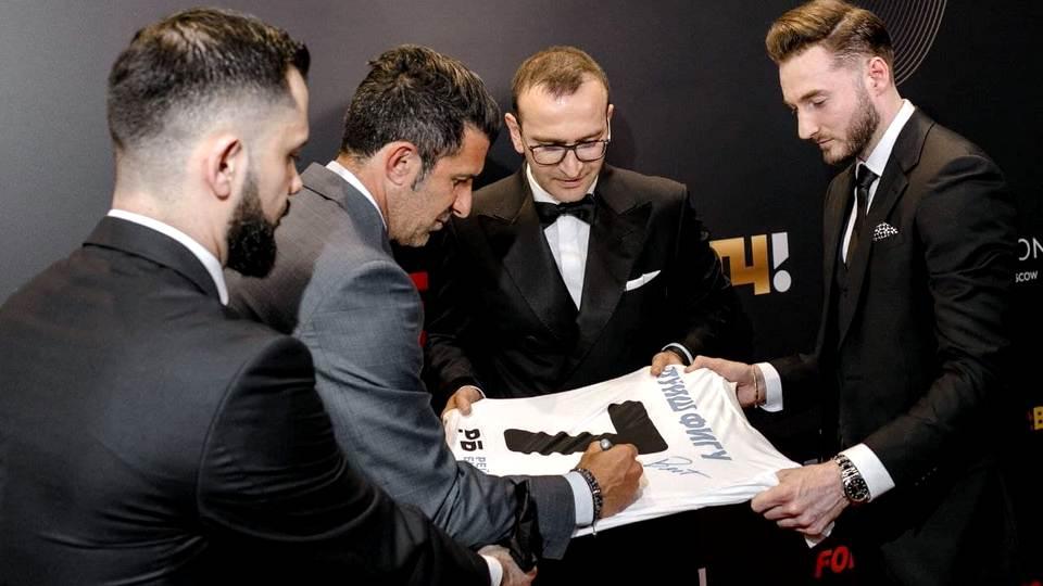 Легенда португальского футбола Луиш Фигу рассказал, почему Динамо (Москва) для него особенная команда