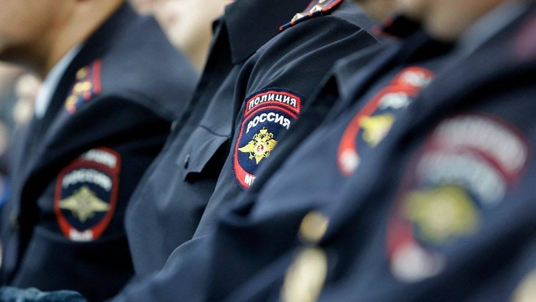 В Екатеринбурге полицейский покончил с собой