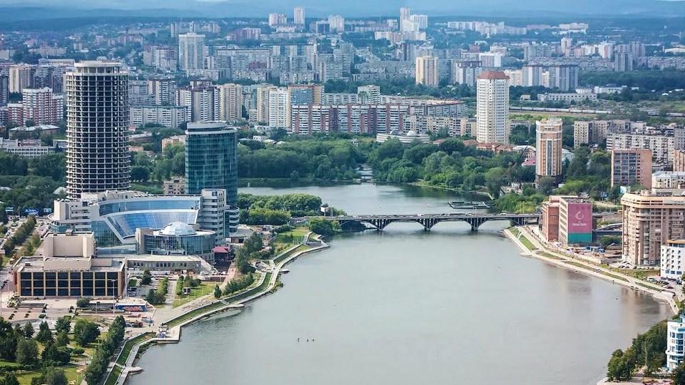 Екатеринбург и Нижний Тагил попали в топ-10 самых грязных городов по версии блогера Варламова