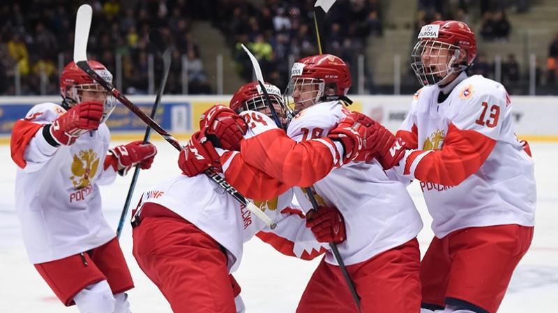Сборная России по хоккею обыграла команду США в овертайме матча ЮЧМ-2021