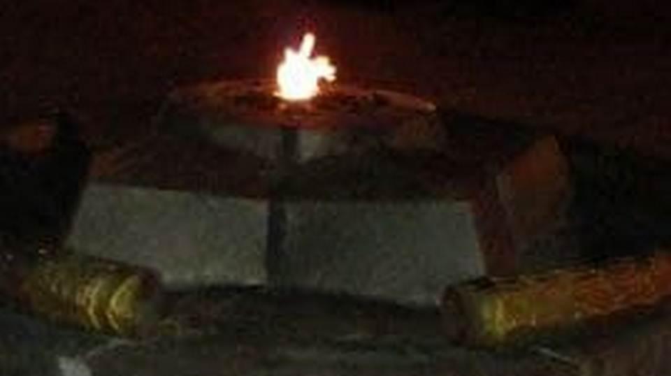 Украденный фрагмент мемориала уральским алюминщикам в Каменске-Уральском нашли