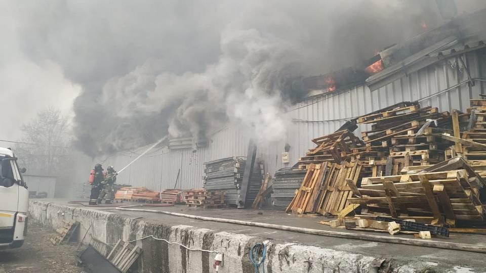 Пожар на Уралмашзаводе в Екатеринбурге полностью потушен