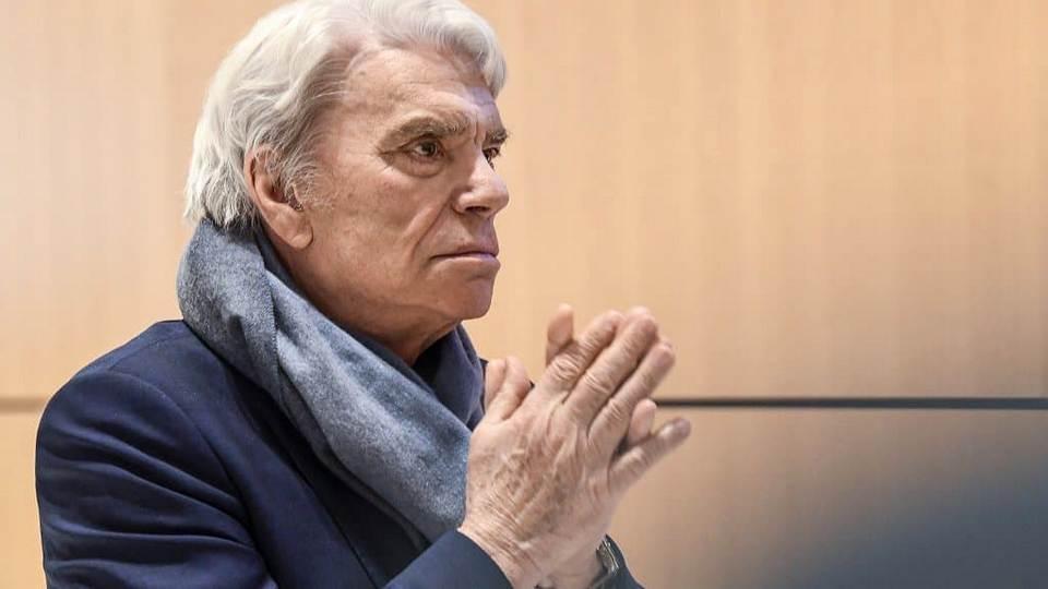 Грабители ворвались в дом французского миллионера и избили его