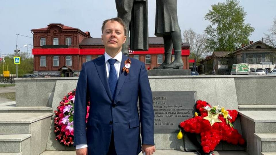 Депутат Госдумы Лев Ковпак поздравил уральцев с Днём Победы