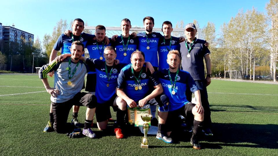 Команда СинТЗ выиграла корпоративный турнир по мини-футболу