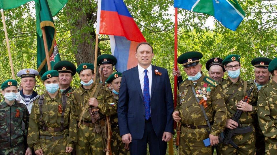Вячеслав Гагаринов рассказал о вкладе синарских трубников в дело Великой Победы и поздравил ветеранов
