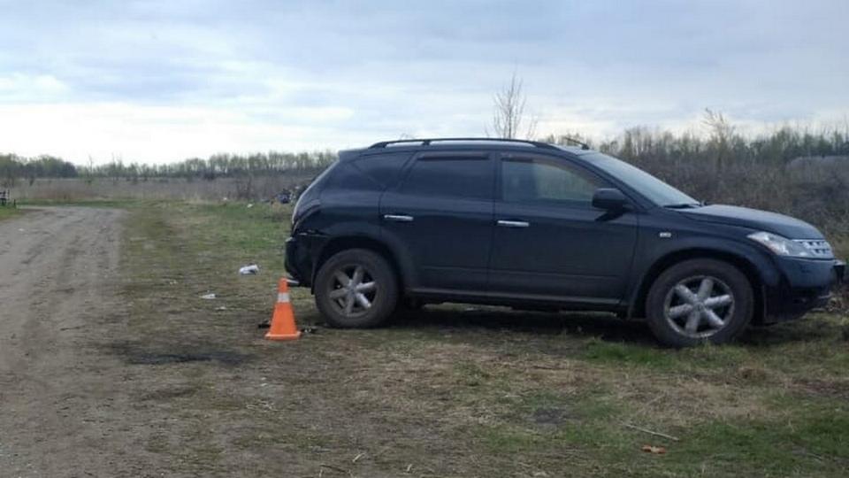 Шестилетний мальчик за рулем авто сбил насмерть свою мать