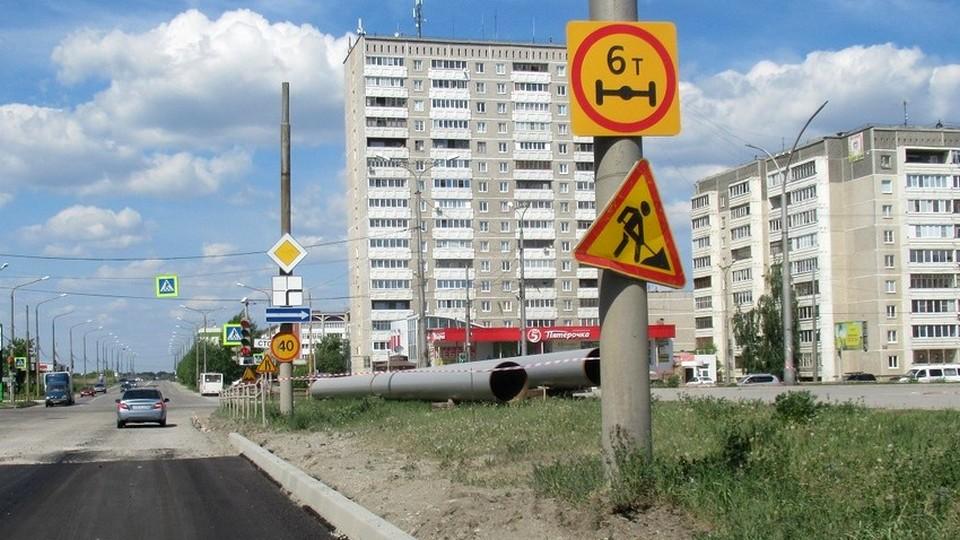 В Каменске-Уральском временно перекроют улицу Октябрьскую, транспорт пустят в объезд