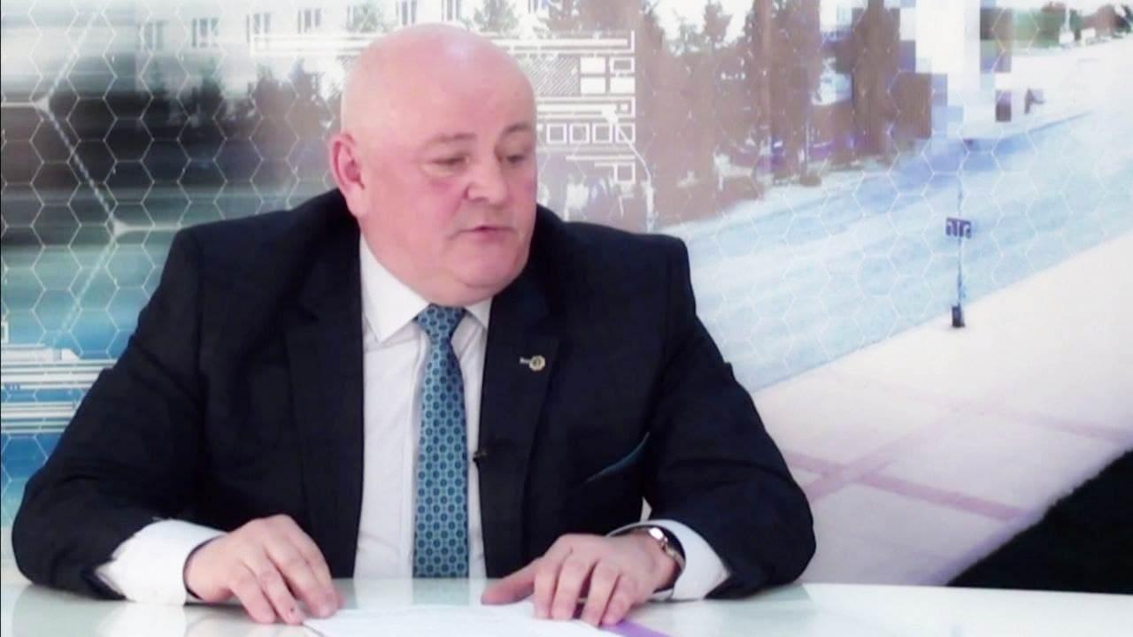 Главный врач Городской больницы Каменска-Уральского поздравил ветеранов с Днём великой Победы