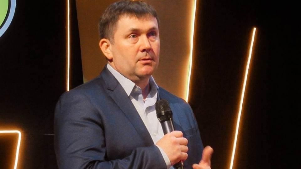 Алексей Шмыков поздравил Каменск-Уральский с Днём Победы