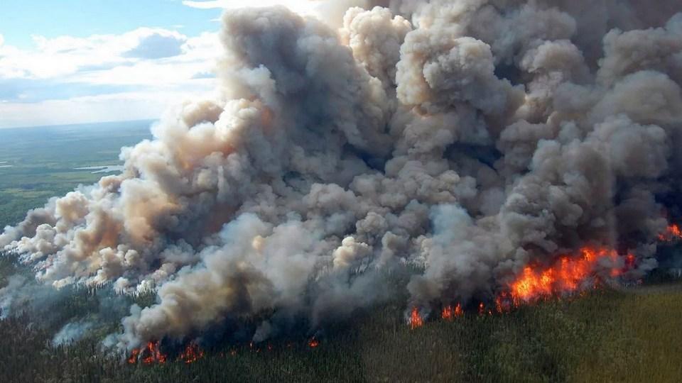 Дым и запах гари в Каменск-Уральский пришли из Курганской области