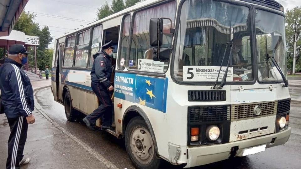 ГИБДД Каменска-Уральского возобновляет рейды по проверке автобусов