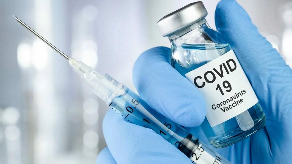 Екатеринбуржцам дают билеты в кино после прививки от COVID-19