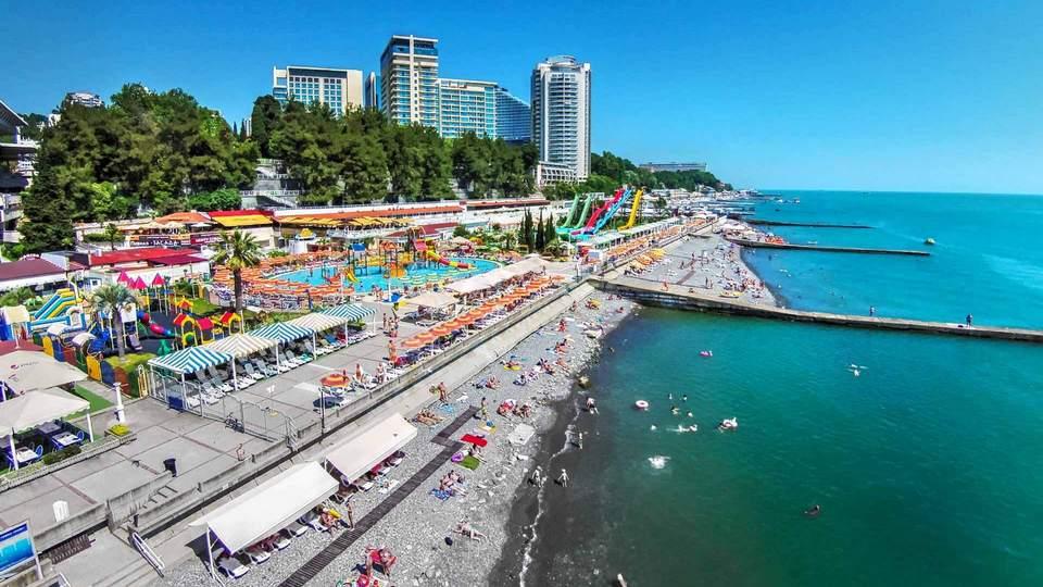 Курорты Краснодарского края закроются для непривитых граждан с 1 августа