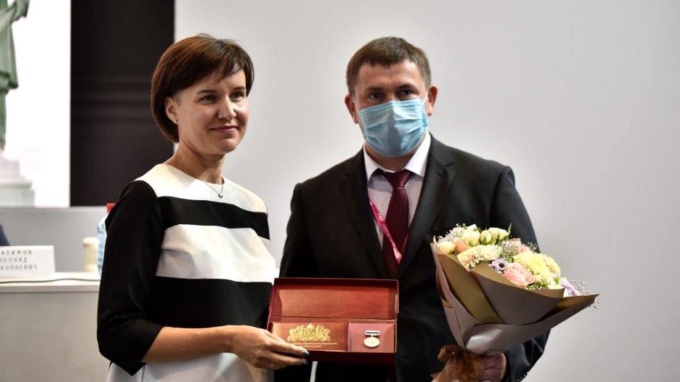 Работники СинТЗ стали лауреатами престижной премии имени Черепановых