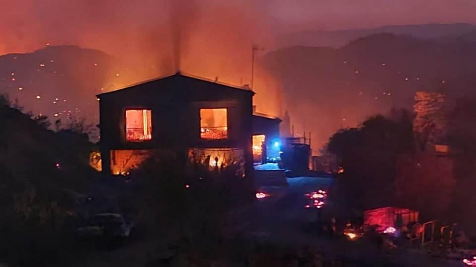Четыре деревни сгорели на Кипре из-за местного пенсионера