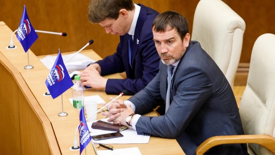 """Свердловскому депутату, назвавшему своих коллег """"мерзкими людьми"""", пророчат закат политической карьеры"""