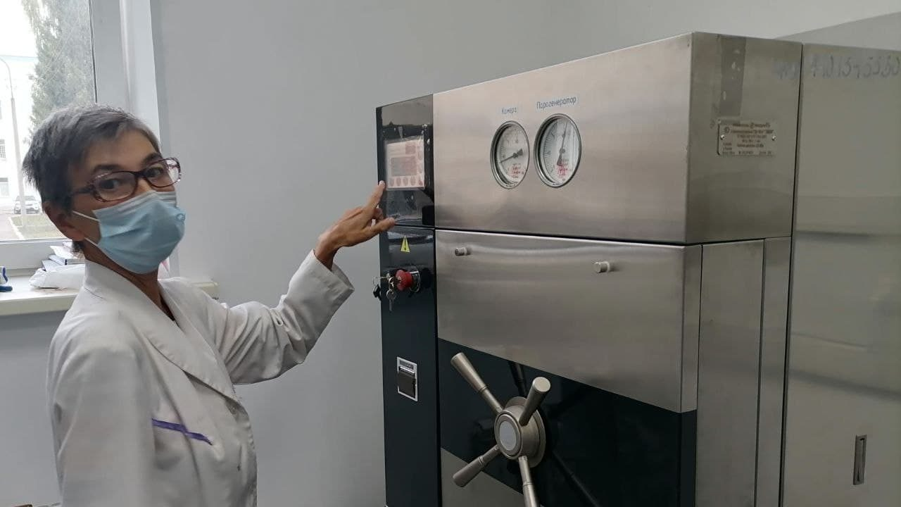 В Каменске-Уральском оборудовали новую автоклавную для стерилизации медицинских приборов